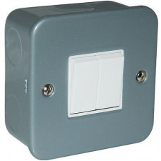 Click Scolmore CL012 Metal Clad 10AX 2 Gang 2 Way Plate Switch with Back Box & Knockouts