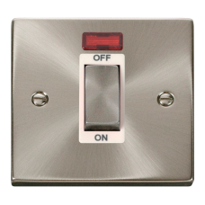 CLICK VPSC501WH SWITCH 1 GANG DP 45A