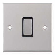 Selectric 7M-Pro Satin Chrome 1 Gang 10A Intermediate Switch with Black Insert 7MPRO-207